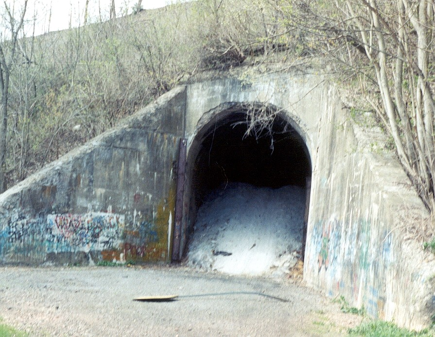 Green Man Tunnel http://phms.peterscreek.org/RailroadHistory1.html